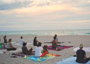 Skupinová meditácia a cvičenie jógy